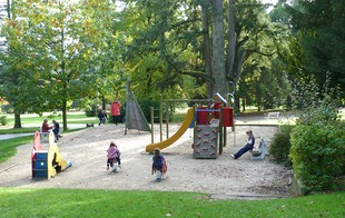 Aires de jeux pour enfants - Bagnoles-de-l'Orne