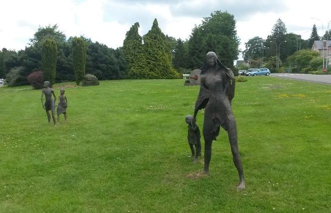 Visite guidée des différents site de l'exposition Fanny Ferré 3 - Bagnoles-de-l'Orne Normandie